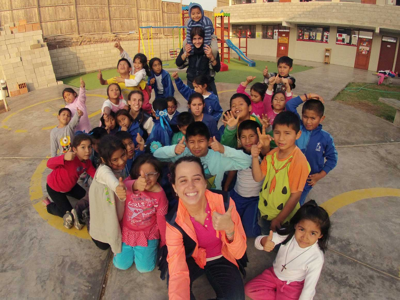voluntario-proyecto-lurin